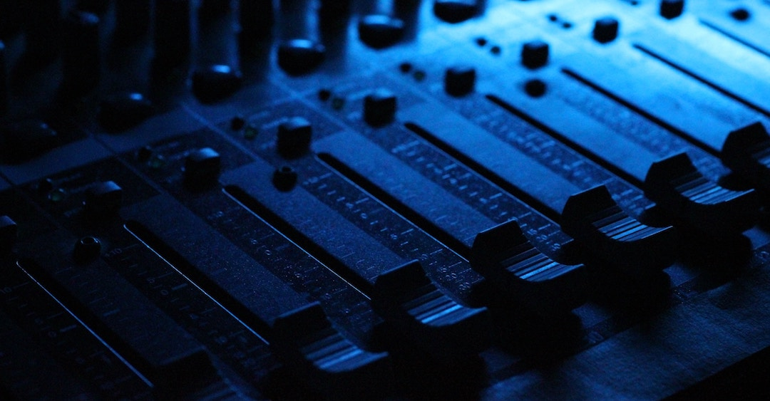 10 Tips for Mixing Pop Music