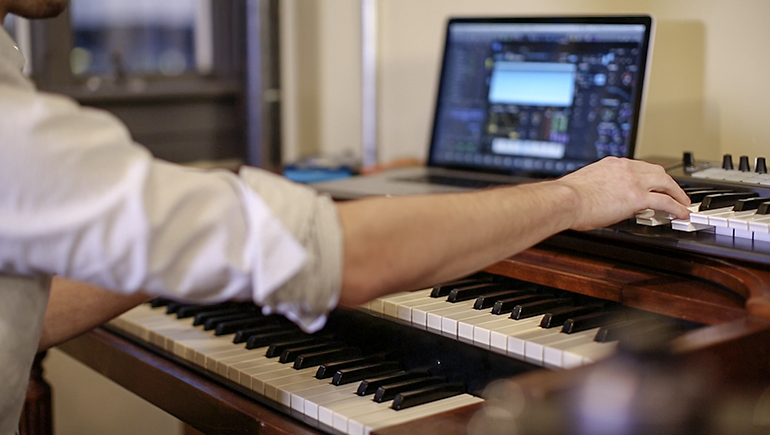 10 Songwriting Tips to Help You Finish More Songs